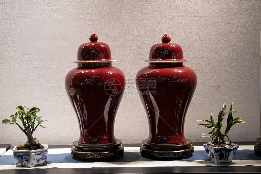 瓷器瓷瓶图片