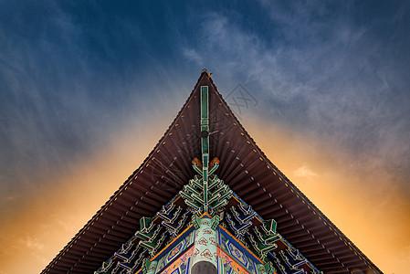 中式建筑屋檐特写图片