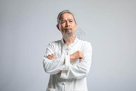 白色胡须老人形象图片