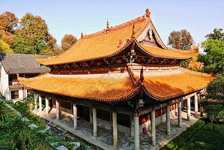 中式古建筑麓山寺大雄宝殿全景图片