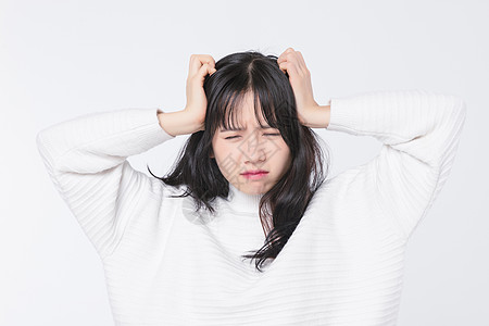 情绪痛苦的青春期女孩图片