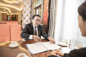 酒店餐厅商务会谈图片