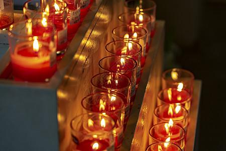 温馨烛光祈福图片