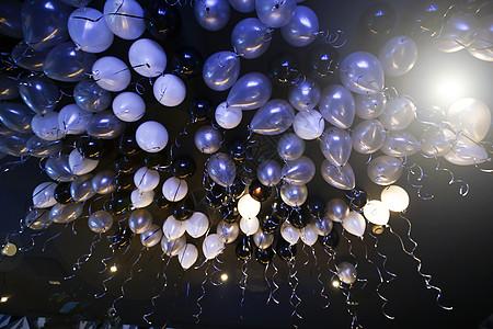 生日派对氢气球布置图片