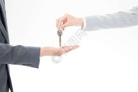 给钥匙交房图片