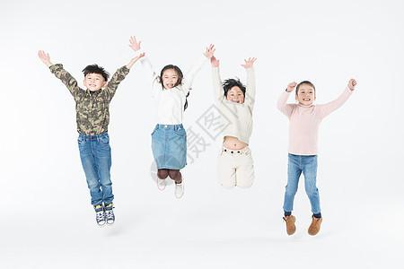 儿童们快乐跳跃图片