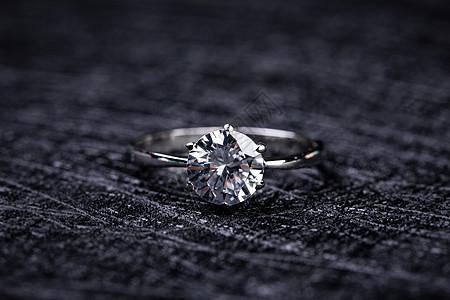 情人节戒指图片