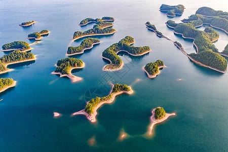 碧蓝的杭州千岛湖图片