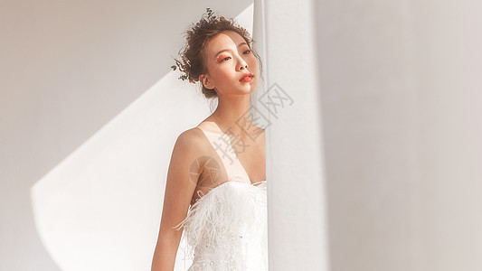 唯美婚纱美女图片