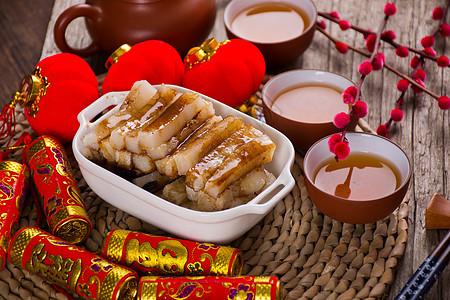 春节煮好等待食用的糍粑图片