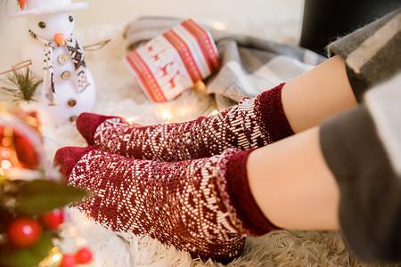 女性冬季脚部保暖图片