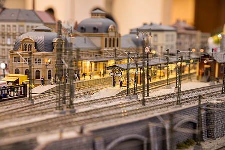 闹市区火车站图片