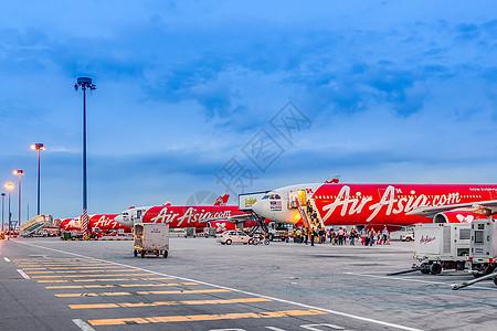 吉隆坡机场亚航停机坪图片