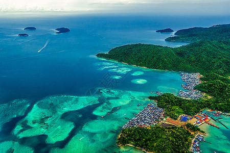 航拍吉隆坡海上风光图片