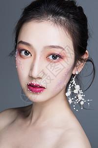 美女彩妆图片