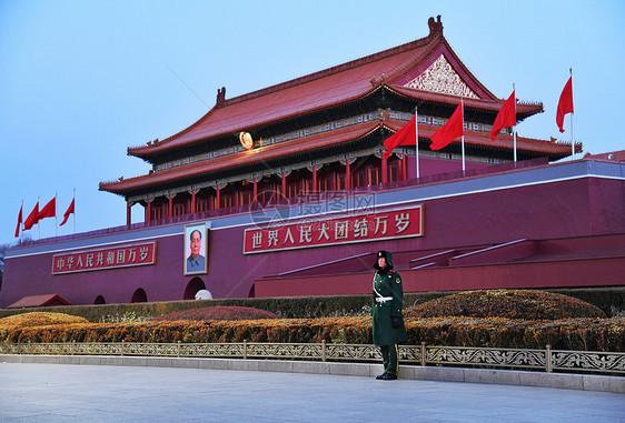 北京天安门广场站岗的士兵图片