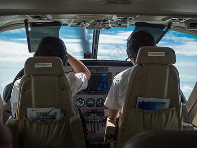 小型飞机长驾驶室图片