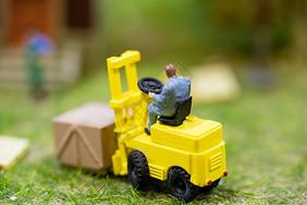 劳动小人模型图片