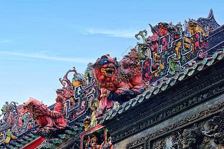 陈家祠传统的屋檐祥狮雕塑图片