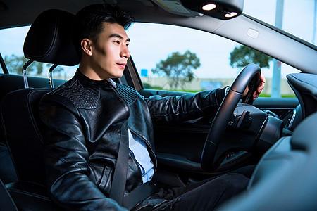 专车司机驾车图片