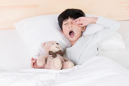 犯困不想起床的小朋友图片