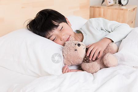 睡觉的小男生图片