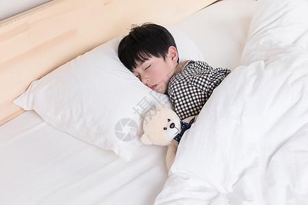 睡觉的小男孩图片
