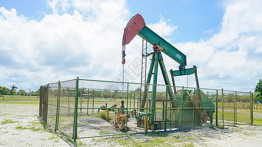 文莱石油图片