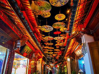 云南丽江古城夜景图片