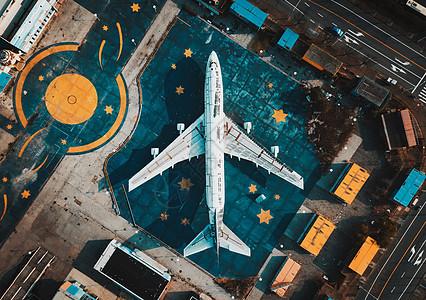 航拍飞机图片