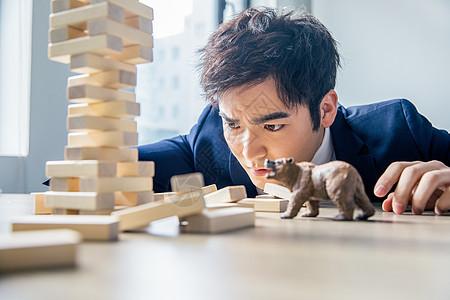 金融房产商务男性图片