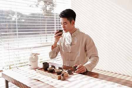 品茶的茶艺师图片
