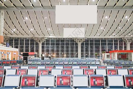 高铁火车站候车厅图片