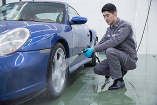 汽车清洗保养图片