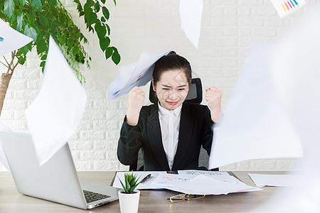 女性商务职员压力图片