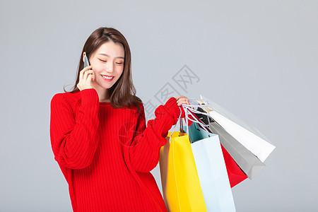 618女生购物打电话图片
