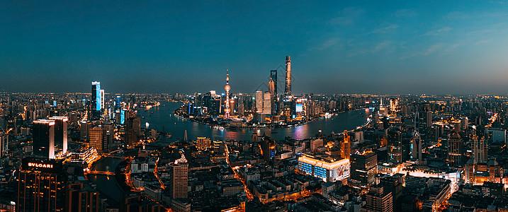 航拍上海夜色全景图片