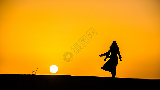 撒哈拉沙漠的日出图片