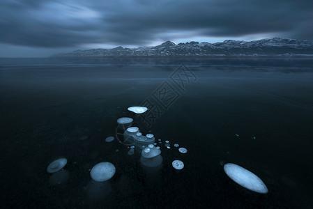 冰泡湖图片
