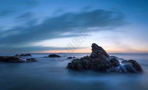 海岛礁石海岸风光图片