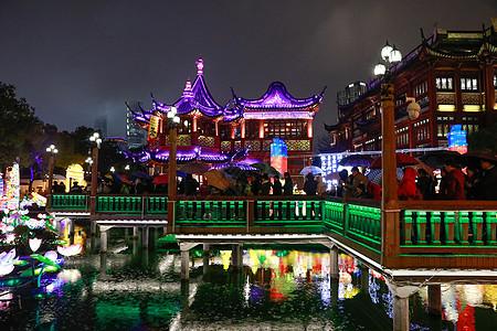 上海城隍庙灯会九曲桥图片