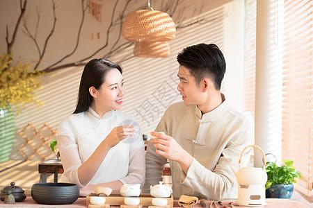 情侣品茶喝茶图片