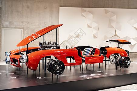 德国斯图加特梅赛德斯奔驰博物馆赛车轿车展品图片