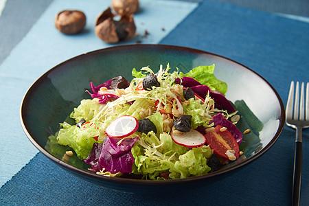 黑蒜藜麦杂菜沙拉图片