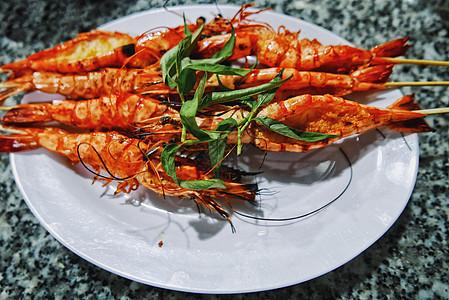 越南夜市小吃炭烤虎头虾图片