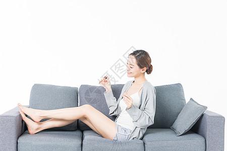 女性生活涂指甲图片