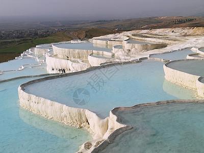 土耳其旅游风光棉花堡天然梯田式钙化池图片