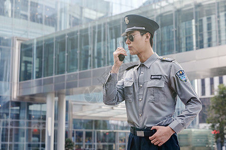 保安巡逻图片
