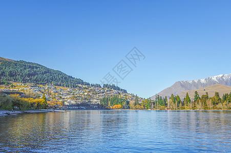 皇后镇瓦卡蒂普湖畔图片