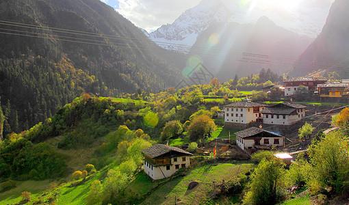 大山里的村落图片